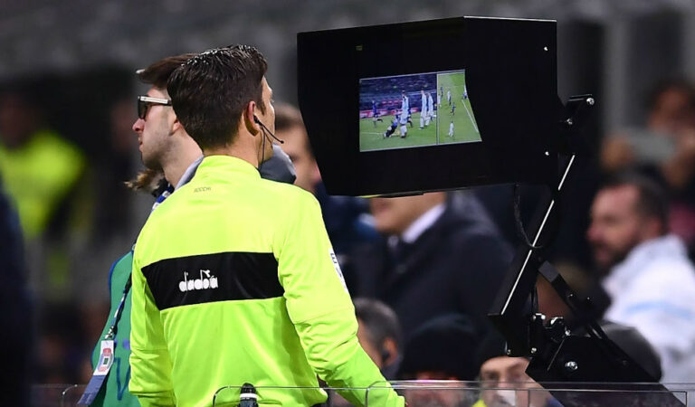 No hay VAR en el fútbol argentino hasta el 2021